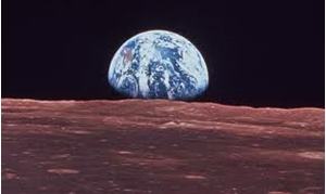 Picture of Earth Rise- Apollo 11