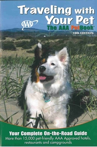 Picture of Traveling With Your Pet - The AAA Pet Book